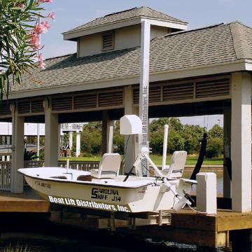 1500 lb Capacity Seawall Mount Swinger (Aluminum)